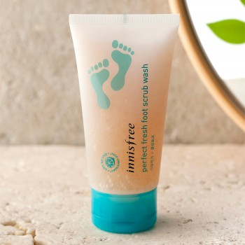 Innisfree Perfect Foot Scrub Wash